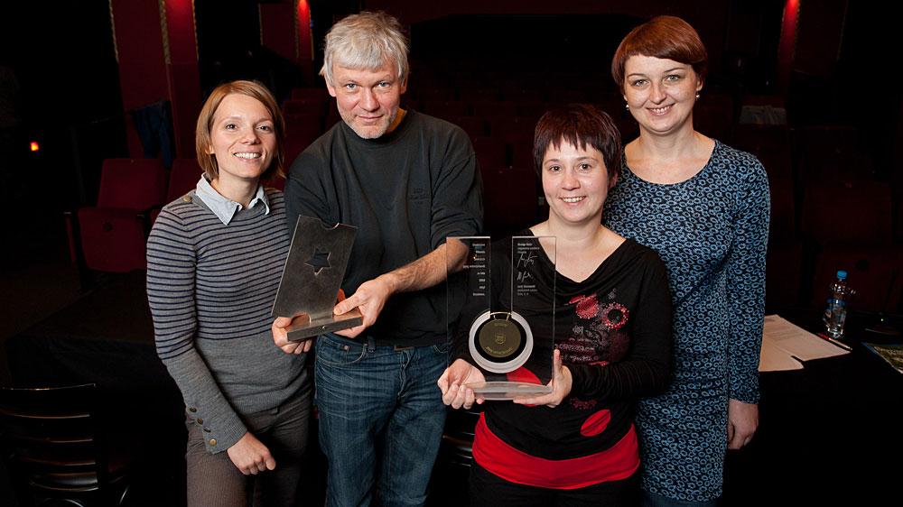 Dve nagradi za Kinodvor