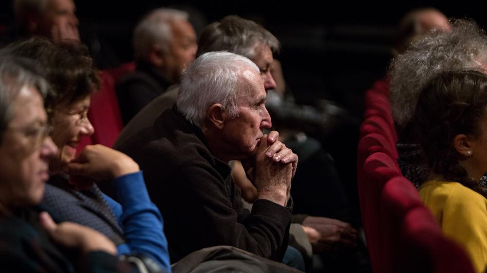 Pogovor z režiserjem serije filmov Ocean Cantos Andrejem Zdravičem