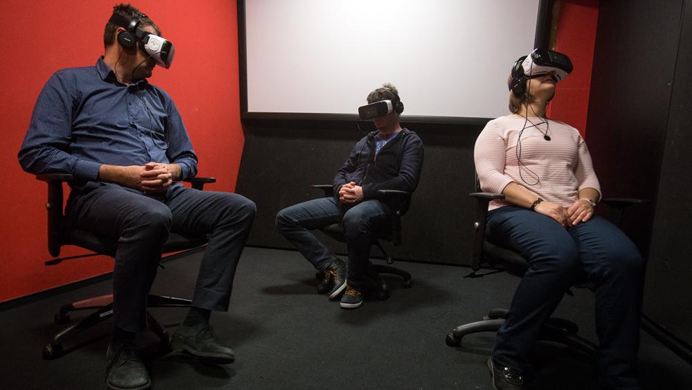 VR izkušnja ob filmu Človek delfin