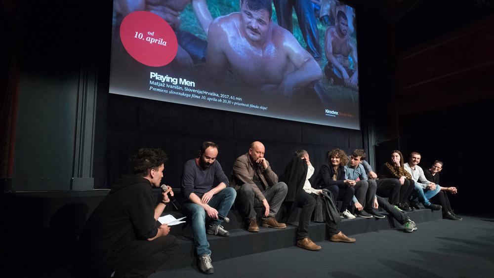 Utrinki s premiere filma Playing Men