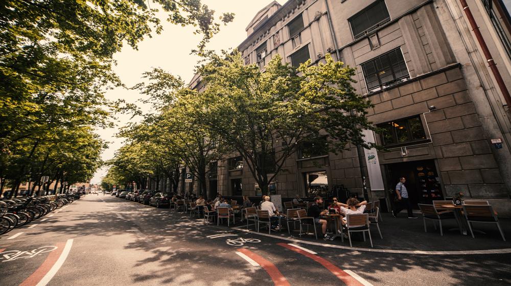 Kolodvorska ulica zaprta za promet: vabljeni v našo novo Zajtrkovalnico!