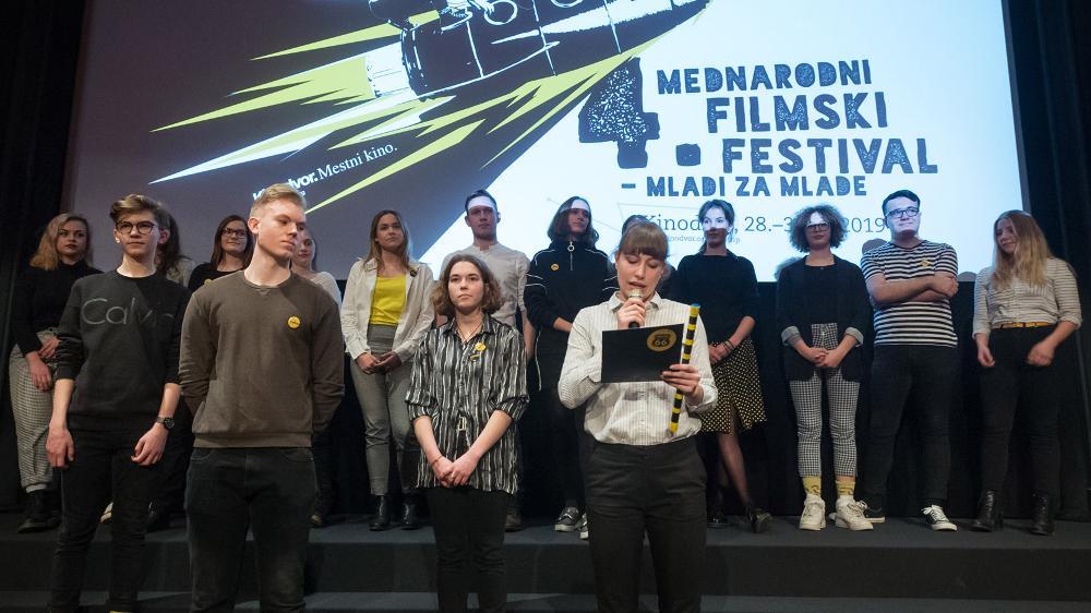 Utrinki s Kinotripove premiere filma Lepi fant