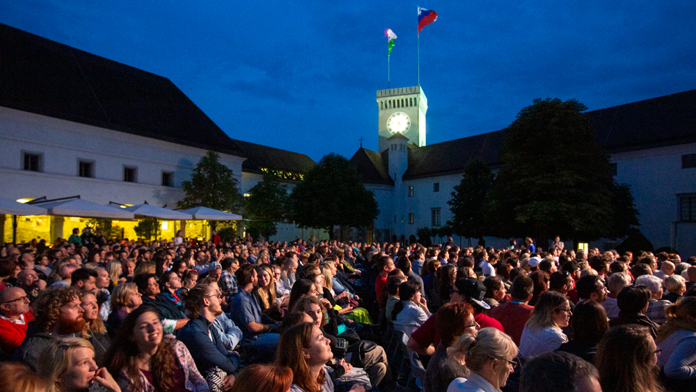 FILM UNDER THE STARS – Today without the stars!