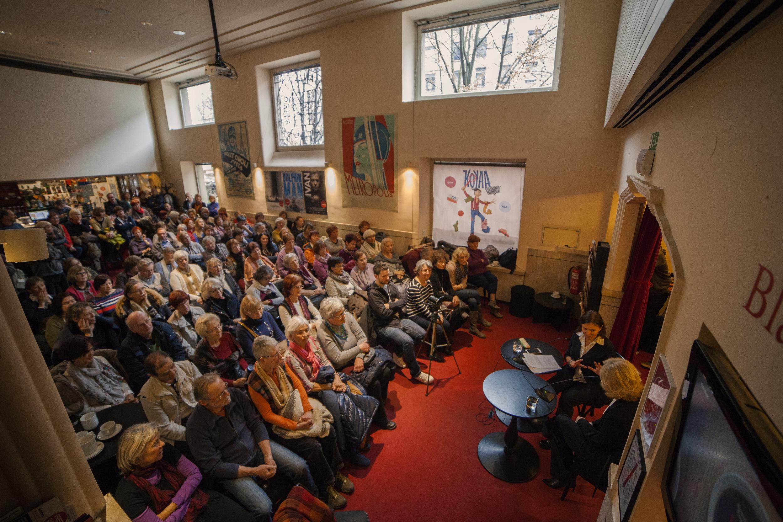 OBVESTILO: Filmska srečanja ob kavi do nadaljnjega odpadejo
