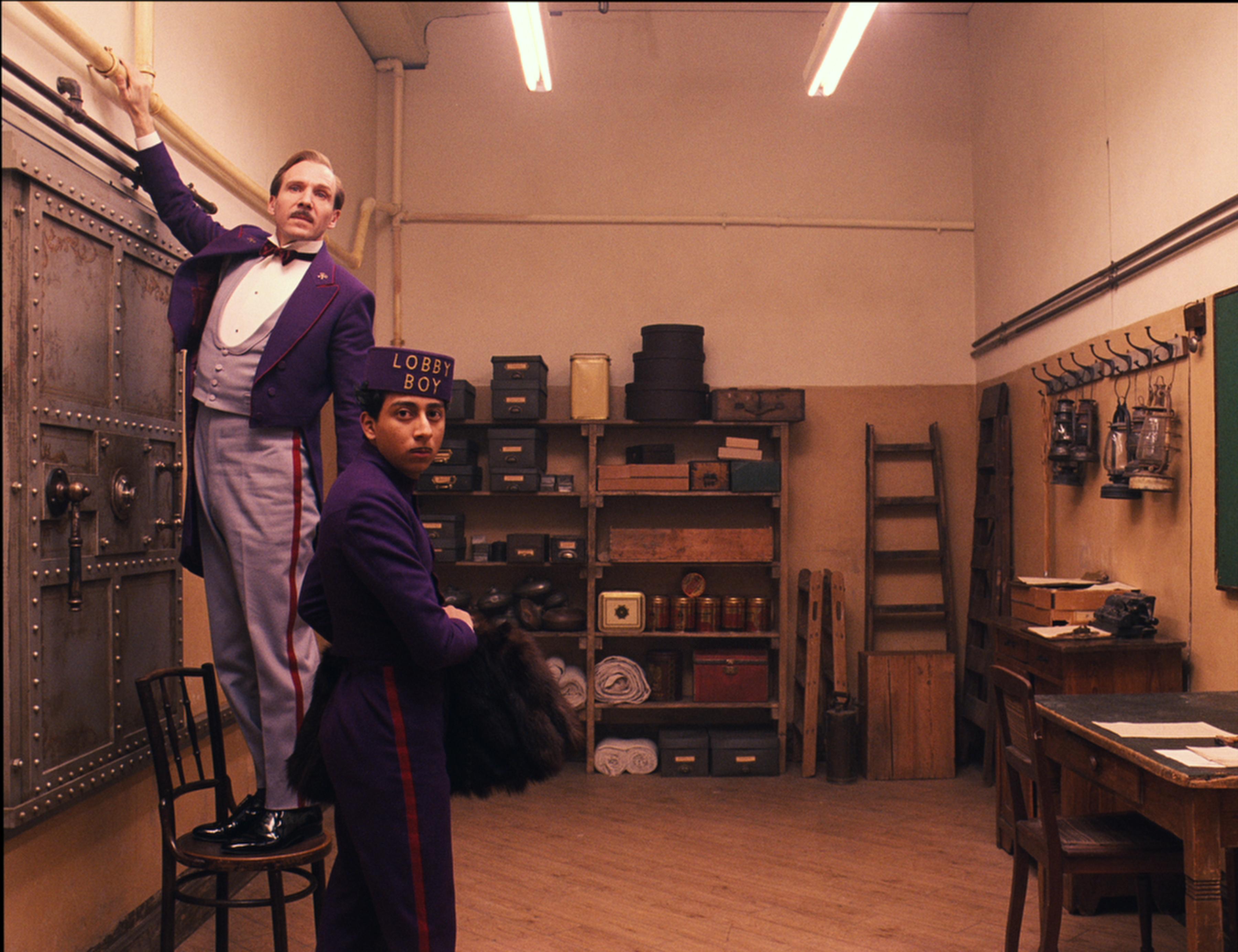 Filmska srečanja ob kavi: posnetek pogovora ob filmu Grand Budapest hotel