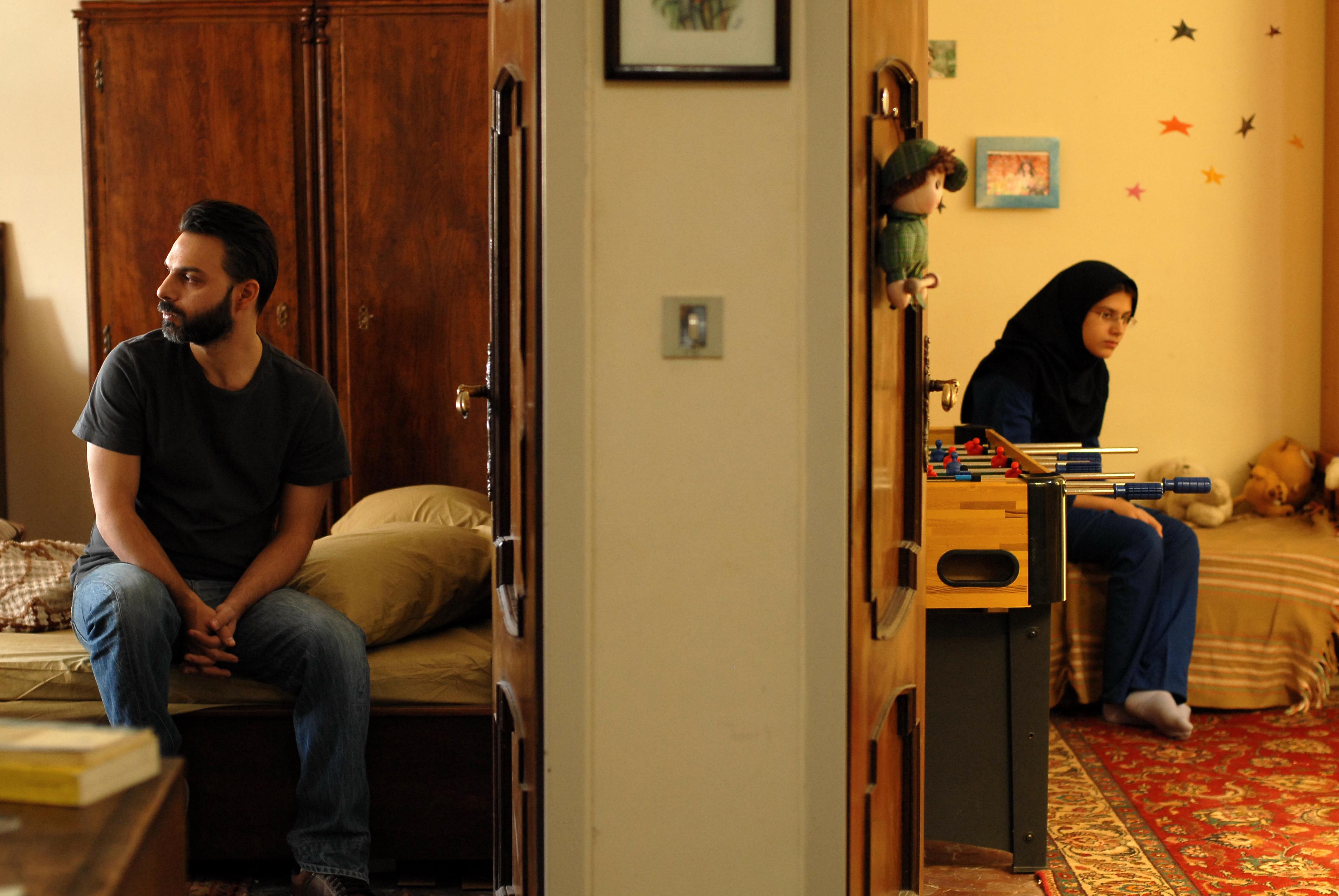Filmska srečanja ob kavi: posnetek pogovora ob projekciji filma Ločitev