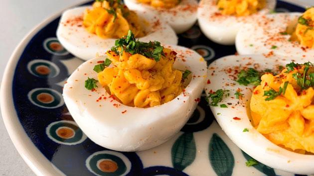 Zlodejeva jajca za velikonočni Zajtrk s Kinodvorom